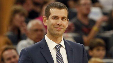 Stevens firma extensión de contrato con Boston