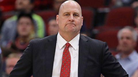 Bulls cesan al coach Boylen, con miras a reconstrucción