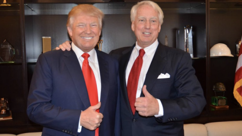 Muere hermano menor de Donald Trump