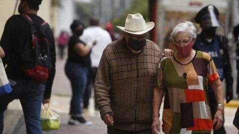 Adultos mayores, grupo con más muertes por Covid-19 en México