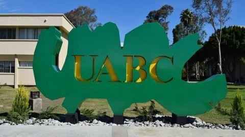 Aspirantes a UABC se quedaron ''a medias''