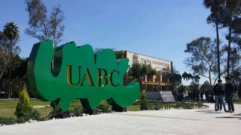 Por tramposos, UABC cancela examen de admisión