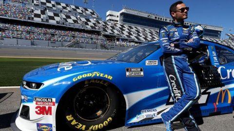 Kyle Larson solicita formalmente su regreso a NASCAR