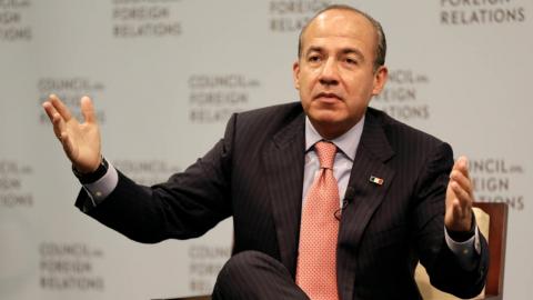 Felipe Calderón emula a AMLO y también lanza spot con tono electoral