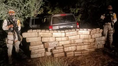 Militares localizan camioneta con drogas en Ensenada