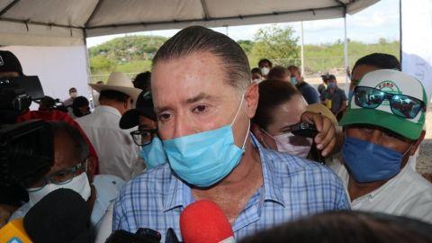 Hijo menor del gobernador de Sinaloa da positivo a Covid-19