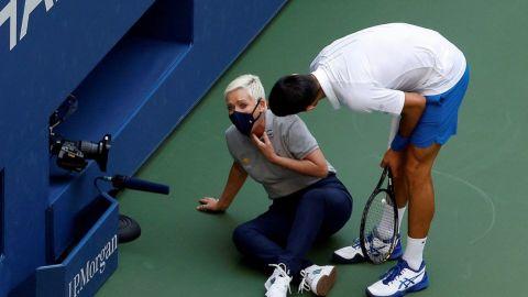 """Zverev, tras la descalificación de Djokovic: """"Ha tenido muy mala suerte"""""""