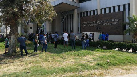 Dos horas de fila para tramitar la carta de no antecedentes penales en Mexicali