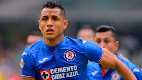 Yoshimar Yotún es baja del Cruz Azul por lesión