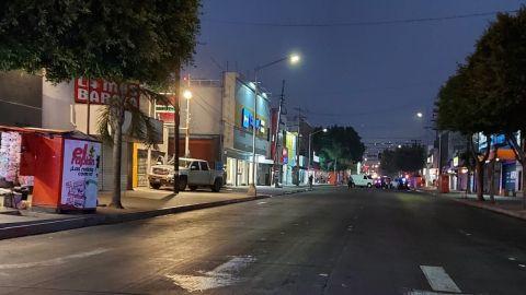 Un hombre muerto y una mujer lesionada en pleno centro de la ciudad