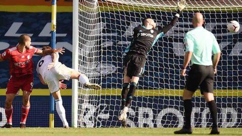 Bielsa y el Leeds le ponen emoción a la Premier