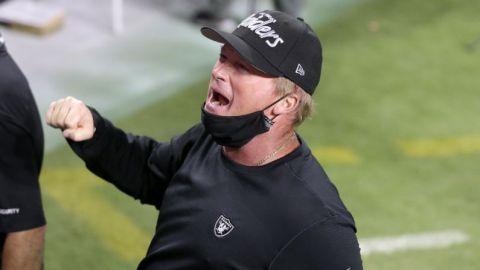 NFL multa a coaches de Raiders y Saints por violar protocolos
