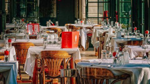 Más de mil restaurantes no pudieron reabrir por crisis de COVID-19 en BC