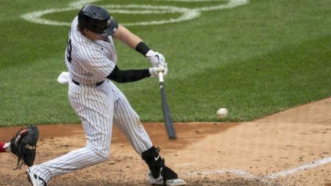 Yankees vencen a Marlins y Voit pega otro jonrón