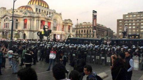 Despliegan 2 mil 500 elementos para marcha por Ayotzinapa