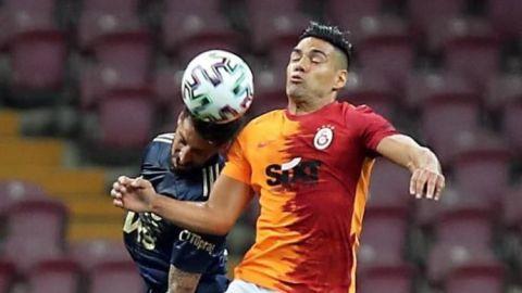 El Galatasaray de Falcao no puede con el Fenerbahce de Enner Valencia