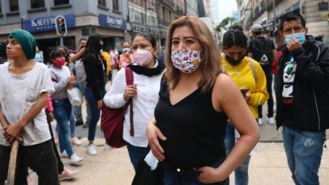 México llega a 730 mil casos; hay 76 mil muertes