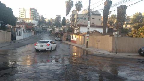 Fuga de agua en Fraccionamiento Cubillas