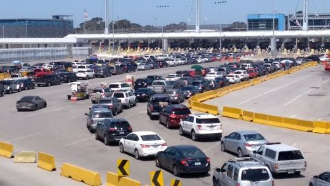 No podrás cruzar a Estados Unidos hasta que haya semáforo verde