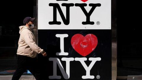 Nueva York anuncia cierre de negocios no esenciales en zonas de re-brotes