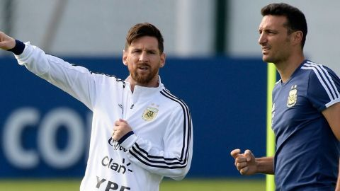 """Messi está """"tranquilo"""" en Barcelona y """"contento"""" por retorno a selección"""