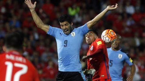 Tabárez y Uruguay reciben a Chile en un Centenario mudo