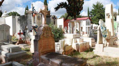 Acuerdan cierre de 23 panteones durante Día de Muertos en Navolato
