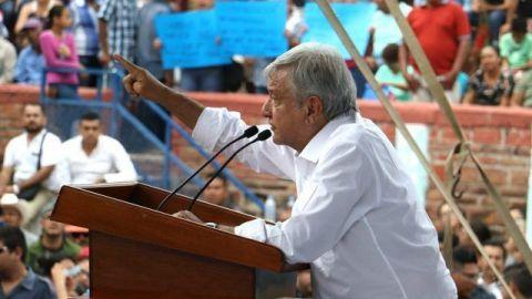 AMLO anuncia programa de vivienda para afectados por huracán