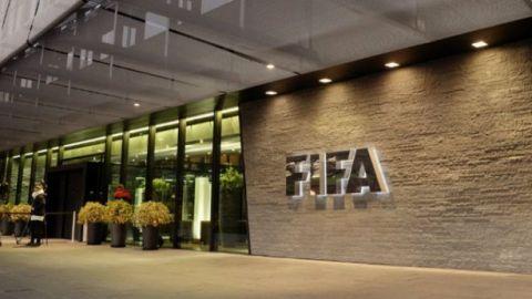 Tribunal reduce veto de exfuncionario de FIFA a 15 años
