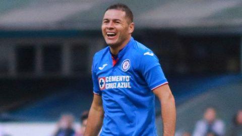 Pablo Aguilar está de regreso con Cruz Azul