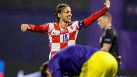 Modric y Perisic guían a Croacia