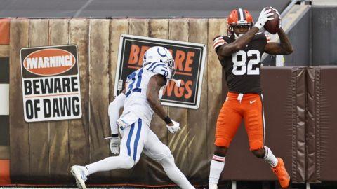 Browns vencen a Colts y mejoran a 4-1