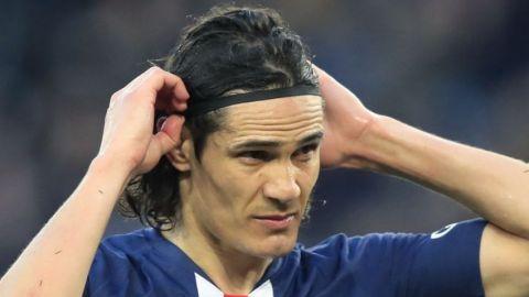 Cavani no podrá debutar con el United en París