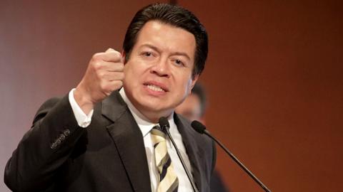 Gana Mario Delgado dirigencia nacional de Morena con 58.6% de preferencia