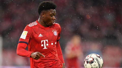 El Bayern pierde a Davies entre seis y ocho semanas