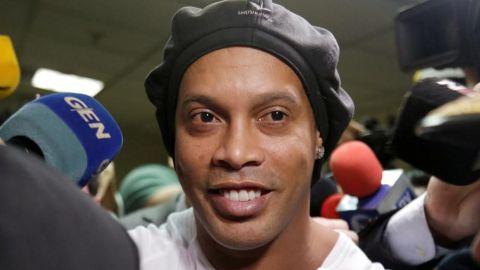 Ronaldinho dio positivo por Covid
