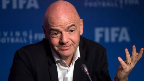 Presidente de la FIFA da positivo a covid-19