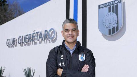 """Querétaro hace oficial la llegada del """"Pity"""" Altamirano"""