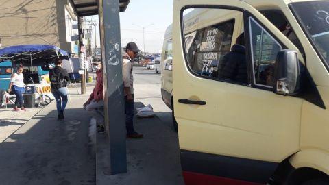 Usuarios del transporte público no quieren usar cubrebocas