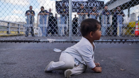 Biden promete reunir a niños y padres separados en la frontera