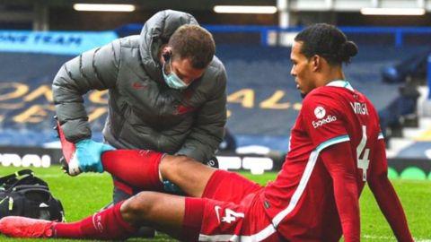 Van Dijk del Liverpool sale con éxito de cirugía de rodilla