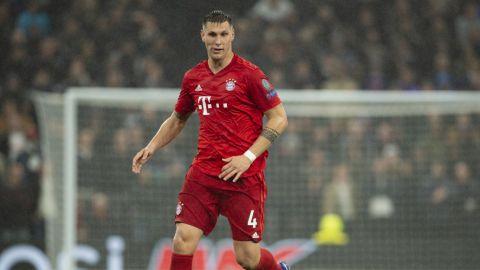 Defensa del Bayern Múnich da positivo por covid-19
