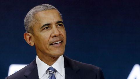 VIDEO: Barack Obama sorprende por habilidades en el basquetbol