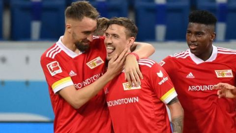 Kruse impulsa al Hoffenheim para el triunfo