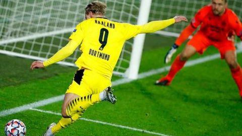 Haaland eleva al Dortmund al liderato de su grupo
