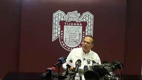 González Cruz no descarta candidatura por la gubernatura