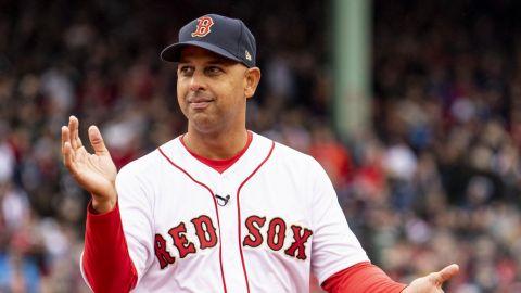 Alex Cora podría regresar como manejador de los Red Sox