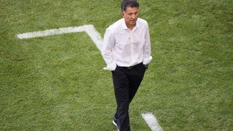 Exfutbolista colombiano revienta a Juan Carlos Osorio