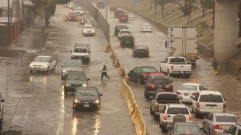 Cae la primera lluvia en Tijuana