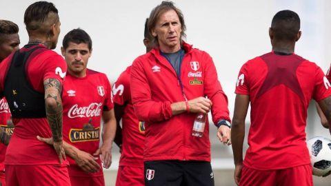 """Gareca planteará un partido """"inteligente y de mucha paciencia"""" ante Chile"""
